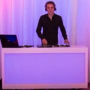 Basic DJ meubel huren