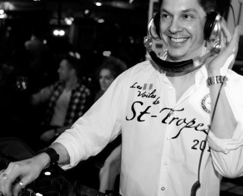 DJ Kevin Huren